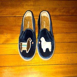 EUC Velvet Llamas In Love Sneaker